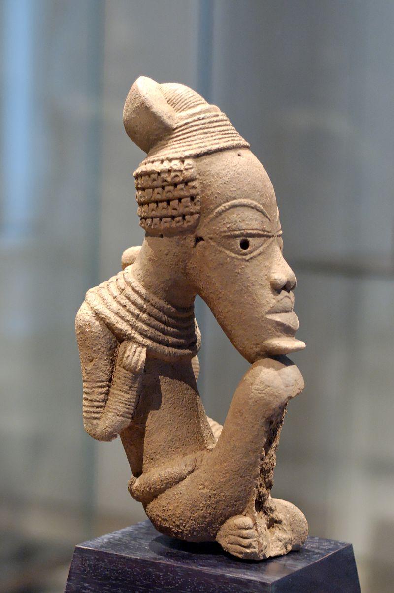 Figura humana em terracota que data do século VI a.C. arte africana