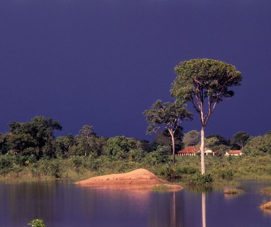 Fotografia de um trecho do Rio Araguaia que faz parte da região centro-oeste