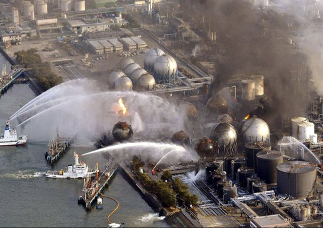 O acidente nuclear de Fukushima foi classificado como nível 7 pela Escala Internacional de Acidentes Nucleares, sendo que a maior parte da radiação foi lançada no Oceano Pacífico contaminando toda a cadeia marinha. Fonte: Marsemfim.com